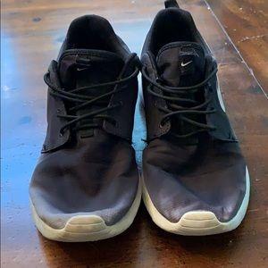 Nike Roshes. Size 9.5